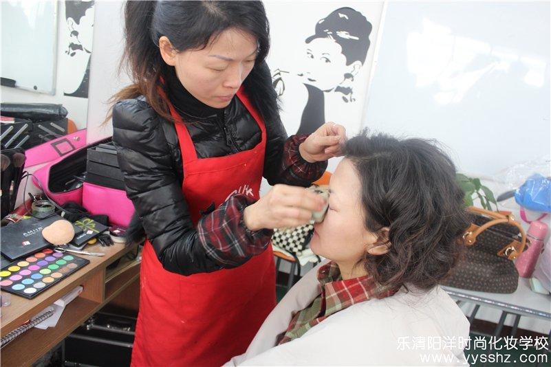 40多岁女人的化妆历程感言